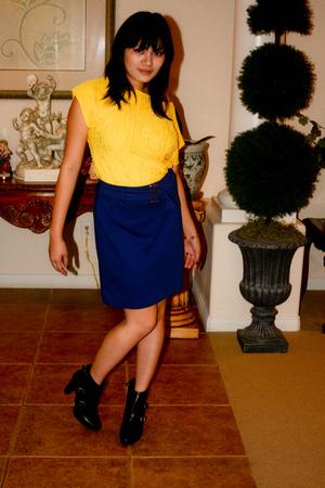 Vtg blouse - NY&CO skirt - Simply Vera by Vera Wang boots - Vtg bracelet - vinta