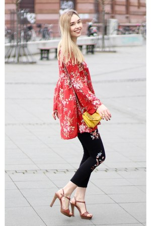 yellow yellow pull&bear bag - red flowers Ralph Lauren dress