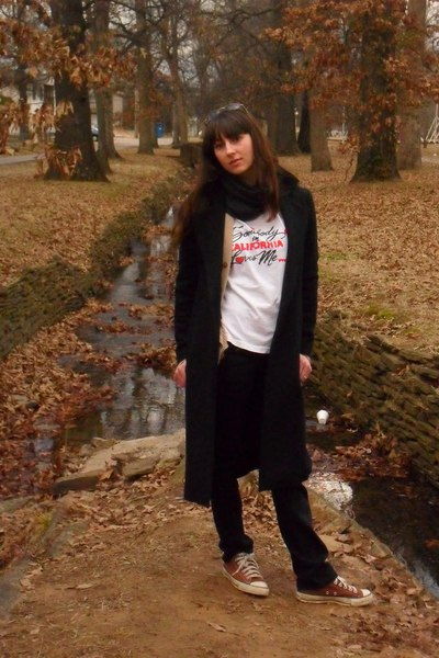 black Old Navy coat - brown vintage cardigan - white vintage t-shirt - black Rue