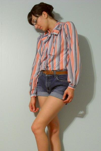 blue diy cutoff Old Navy shorts - brown vintage belt
