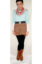 brown Fang skirt - blue Express top