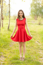 red dress - necklace
