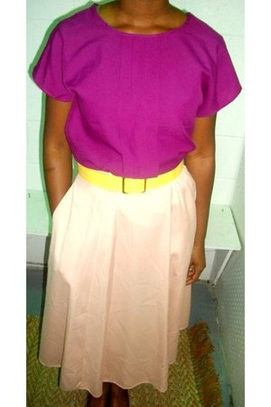 magenta chic blouse - light pink skirt - yellow bold belt
