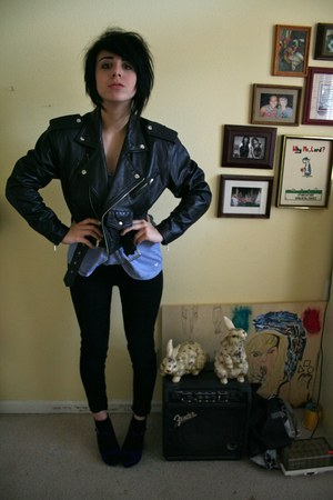 black leather jacket jacket - blue tanktop American Eagle shirt