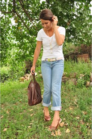 white Bella shirt - blue pink jeans - brown Mossimo shoes - pink Express belt -
