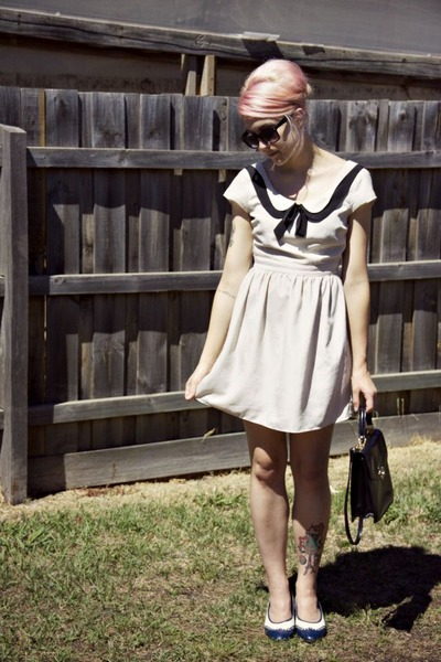navy vintage shoes - off white Ladakh dress - black thrifted bag