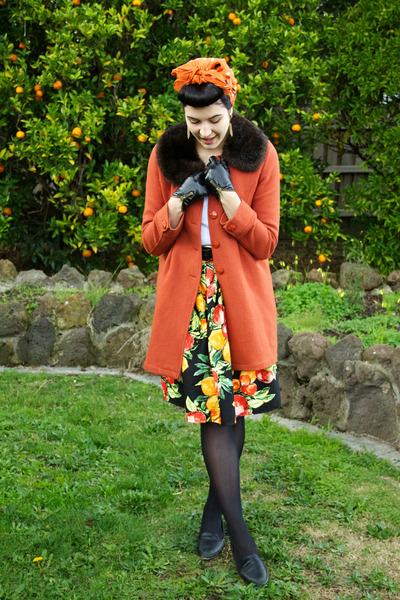 black handmade skirt - carrot orange Princess Highway coat