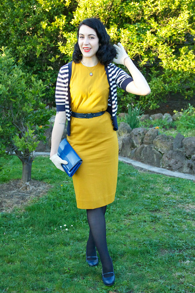 navy thrifted bag - mustard vintage dress - navy thrifted belt