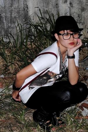 white Zara - black shoes - red Little Miss Marie - black