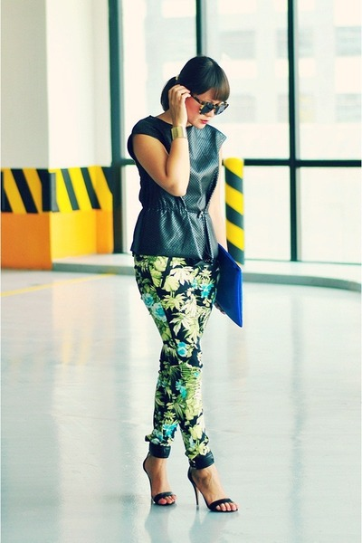 lime green tropical print pants - blue carry all bag Made U look purse