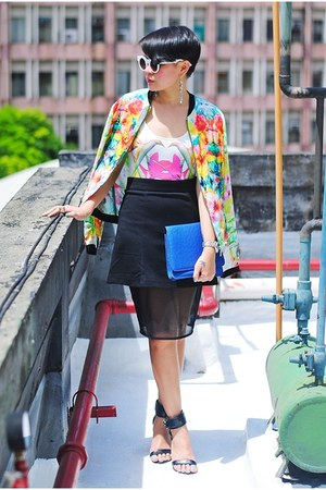 black with mesh inlay skirt - yellow floral bomber Zara jacket