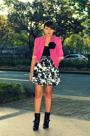 black from gojane boots - pink style district blazer
