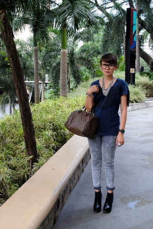 black Topshop shoes - gray Dark White jeans - blue Mango top