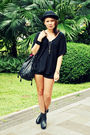 Black-hoola-top-black-thrifted-shorts-black-soule-phenomenon-shoes