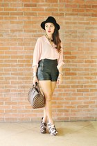 black faux leather Topshop shorts - brown damier Louis Vuitton bag