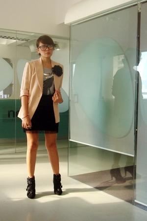 black Soule Phenomenon fringe skirt - black Summersault boots - beige vintage bl