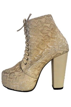 Decimal boots