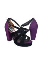 High-heels-decimal-heels