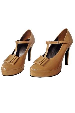Decimal heels