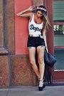 Black-fringed-choies-bag-black-destroyed-forever-21-shorts