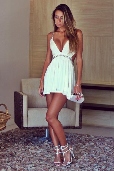 off white Forever 21 dress - silver clutch Ligada na Moda purse