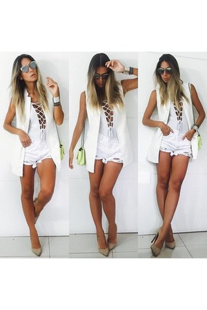 white jeans Sheinside shorts - white Renner vest