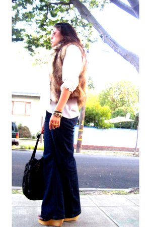 Chokolat vest - Zara blouse - Old Navy jeans - Matiko shoes - Target socks - Mon