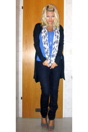 Only jeans - shara scarf - New Yorker top - Vero Moda cardigan