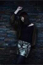 black Stradivarius skirt - black Bershka t-shirt
