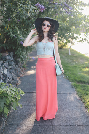 modcloth skirt - thrifted hat - similar Handbag Heaven bag