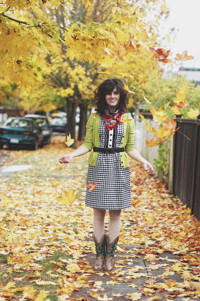 black modcloth dress - camel Lulus boots - white AsianICandy tights