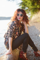 black modcloth blazer - black for elyse jeans - aquamarine Lulus sunglasses