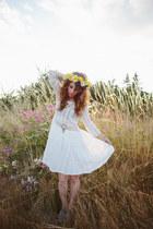 white Chicwish dress - aquamarine modcloth wedges
