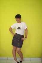 unbranded t-shirt - Medici skirt - the fly shoes - DIY project necklace - bracel