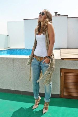 el corte ingles vest - Zara jeans - Valentino heels