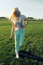 light blue Topshop jeans - white Topshop t-shirt - ivory Topshop sneakers