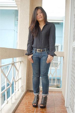 black Anti Flirt blouse - navy Levis jeans