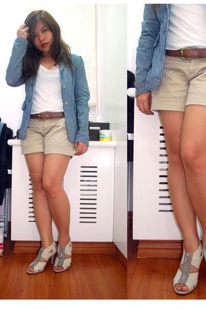 blue Archive Clothing blazer - white basic top - beige Plains & Prints shorts -