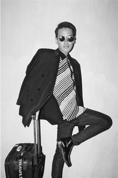 Broxy boots - Zara blazer - Levis shirt - Ray Ban sunglasses