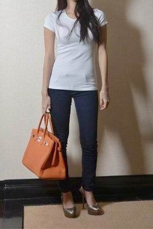 leather brown bag - blue skinny pants - white top top - heels