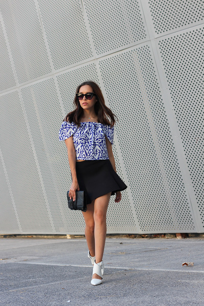blue off shoulder Zara top - black neoprene pull&bear skirt