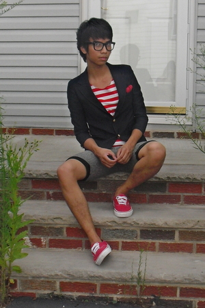 blazer - shirt - tie - shorts - shoes