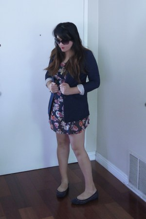 Forever21 dress - navy H&M blazer - Mimi Boutique bag