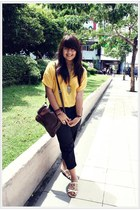 yellow Magnolia blouse - black Zara pants