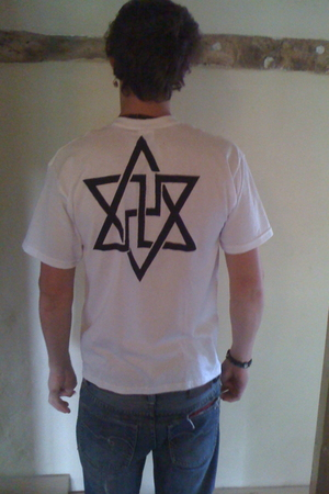 swastika print t