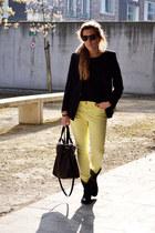 Zara jeans - Farbriekse boots - Mango blazer - Tops bag