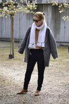 Bershka coat - vintage scarf - Bershka pants - Zara blouse - H&M jumper