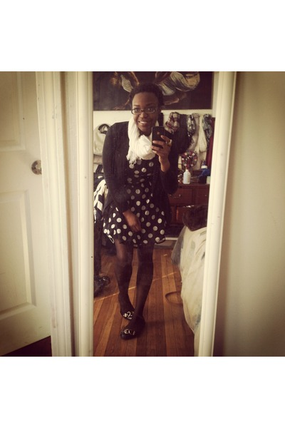 polka dot Forever 21 dress - H&M blazer - white H&M scarf - black BCBG flats