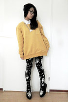 black H&M shoes - black london leggings - gold cotton NY sweatshirt