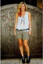 gray Forever 21 shirt - green abercrombie and fitch shorts - black Jeffrey Campb